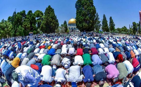 فلسطینیها نماز عید قربان را در صحن مسجد الأقصی برگزار کردند