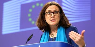 انتقاد  کمیسر تجاری اتحادیه اروپا از سیاست آمریکا در اعمال تعرفه بر 7 و نیم میلیارد دلاری