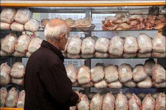 4.5 تن مرغ منجمد ویژه تنظیم بازار در یک مغازه احتکار شده بود کشف شد