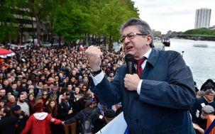 ژان لوک ملانشون خواستار ادامه اعتراضات جلیقه زردها در هفته آتی شد