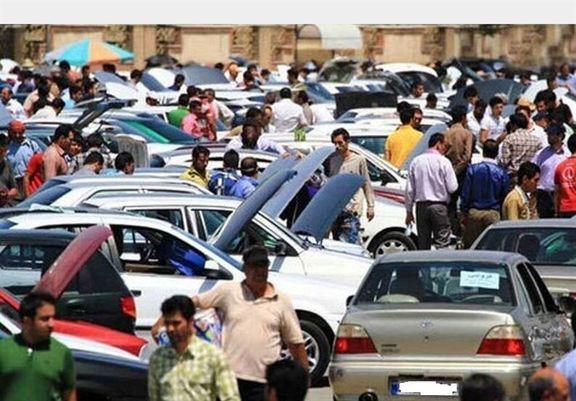 قیمت خودرو در بازار امروز کاهش 1 تا 2 میلیون تومانی داشت