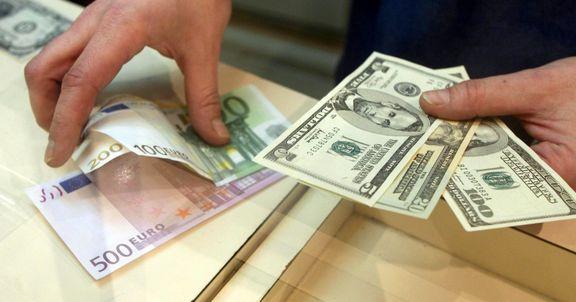 نرخ دلار با کاهش 50 تومانی در آستانه 13 هزار تومان قرار گرفت