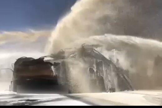 فومپاشی بر روی آتش پالایشگاه نفت تهران و مهار کامل آتشسوزی