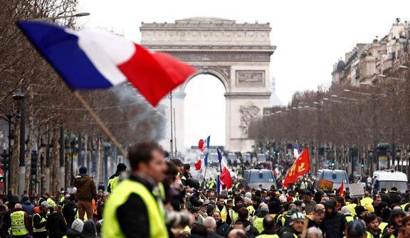 درگیری پلیس فرانسه با جلیقه زردها + ویدئو