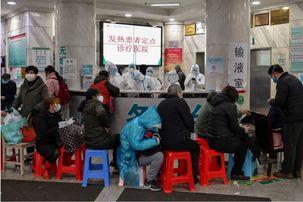 پزشکان حرفهای ارتش چین راهی ووهان شدند