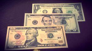 دلار دوباره در بازار جهانی با کاهش ارزش در برابر دیگر ارزها مواجه شد