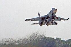 جنگنده روسیه هواپیمایی جاسوسی آمریکا را رهگیری کرد