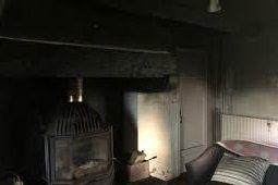 خانه رئیس مجلس فرانسه در آتش سوزی سوخت
