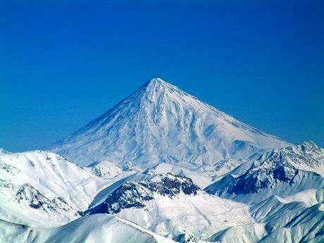توضیحات سازمان ثبت اسناد در مورد صدور سند وقفی برشی از کوه دماوند