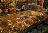 در استان البرز ستاد تنظیم بازار مامور برای بررسی قیمت ها به بازار فرستاد