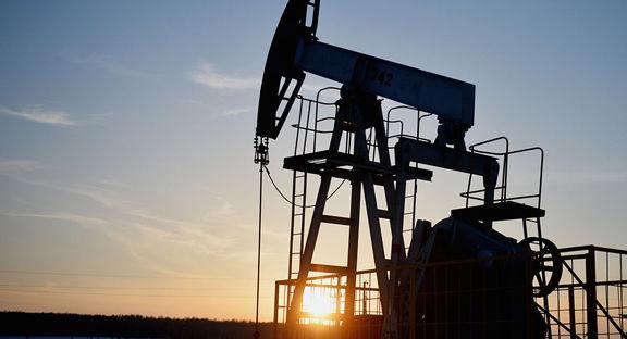 کاهش شدید قیمت نفت در پی توئیت ترامپ / احتمال شکست مذاکرات قیمت نفت را شدیدا کاهش داد