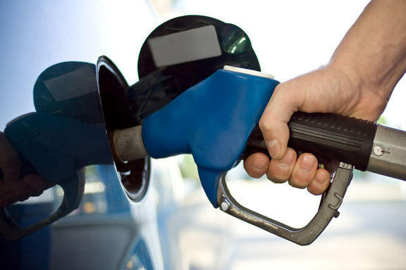 نخستین سهمیه بنزین سال ۱۴۰۰ امشب واریز میشود