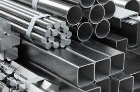 رییس مجلس درباره تولیدات فولاد و حل مشکلات آن ابراز امیدواری کرد