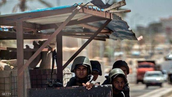 گروههای تروریستی به ایست بازرسی پلیس در مصر حمله کردند