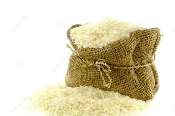 ترخیص برنج از گمرک 50 درصد کاهش یافت/ ۲۰۰ هزار تن برنج از گمرک ترخیص نشده است