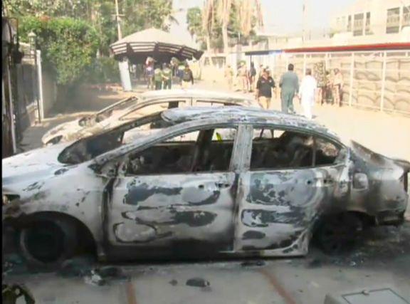 ساختمان بورس پاکستان مورد حمله مسلحانه با بمب و تفنگ قرار گرفت