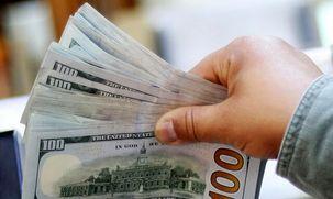 دلار در صرافیهای بانکی به 12 هزار و 700 تومان رسید
