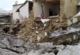 فیلم از ریزش کوه بر اثر زلزله در خوی