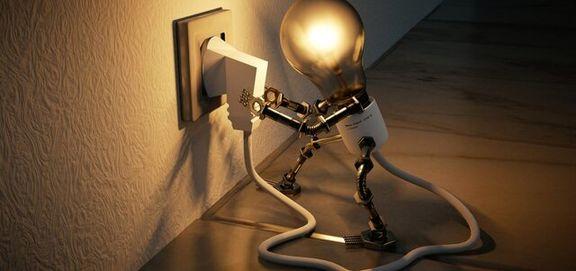 هزینه برق در ساعت اوج مصرف ۲.۵ برابر محاسبه میشود