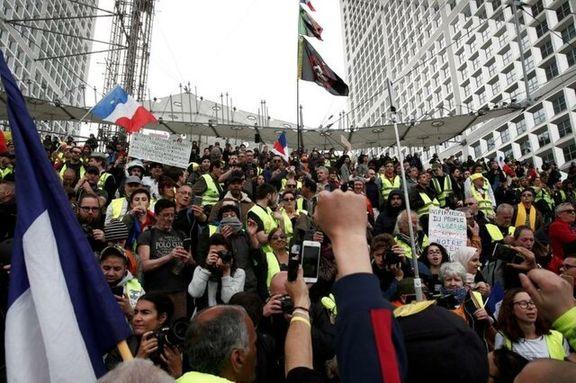 اعتراضات گسترده جلیقهزردها در فرانسه در آستانه سیاستهای رویارویی دولت ماکرون
