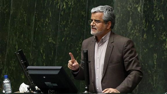 مجلس در جریان صحبت های محمود صادقی دچار تشنج شد