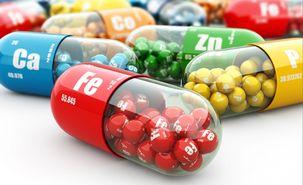 شرکتهای دارویی با مشکل کمبود ارز مواجهند/ قیمت داروها باید متناسب با نرخ نهادههای تولید افزایش یابد/ دلر برنامه تولید داروهای ضد ویروس را در دست بررسی دارد