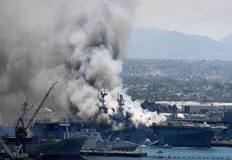 موسوی در ارتباط با آتش گرفتن ناو آمریکایی: به ما زیاد ارتباط پیدا نمیکند ولی جالب است که ناوهای آمریکایی چه زود آتش میگیرند