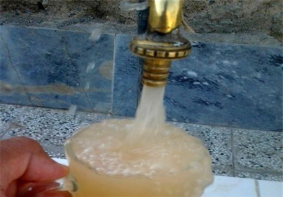 شیوع هپاتیت و بیماریهای پوستی در اهواز / در 301 نقطه آب شرب با آب فاضلاب تلاقی دارد