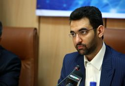مخالفت آذری جهرمی با انحصار حق پخش رادیو و تلویزیون برای صدا و سیما