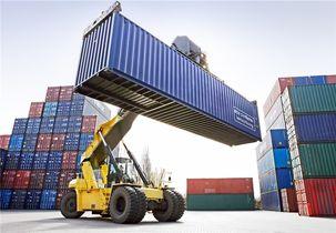 بخش خصوصی بخش عمده ای از  ارز حاصل از صادرات خود را وارد بازار نکرده است / 16 میلیارد دلار ارز غیرنفتی صادرات هنوز در دست صادرکنندگان است