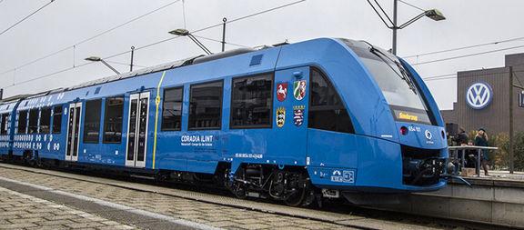 پیش فروش بلیط قطارهای مسافری برای ماه خرداد از شنبه آغاز می شود / متوسط افزایش قیمت بلیط قطارها 10 تا 60 درصد است