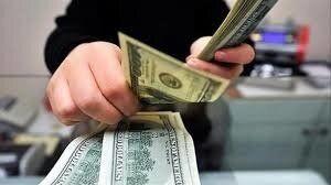 دلار از مسیر صعودی خود عقب نشست
