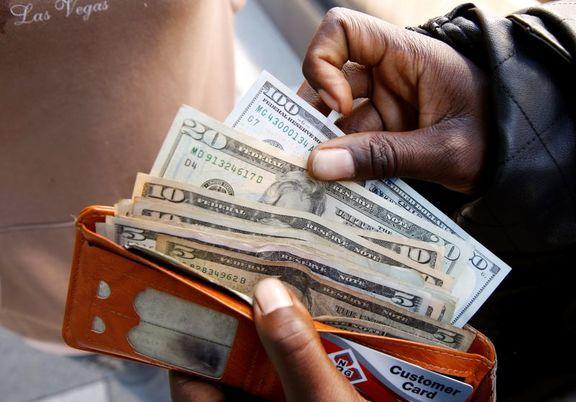 تثبیت دلار در بالاترین قله سه ماه اخیر / دلار به بالاترین حد یک ماه اخیر در برابر  پوند قرار گرفت