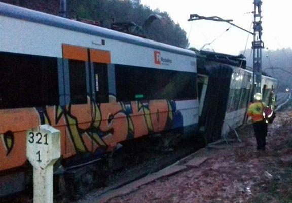 خروج قطار مسافری از ریل در اسپانیا / ۹ کشته و زخمی برجای گذاشت