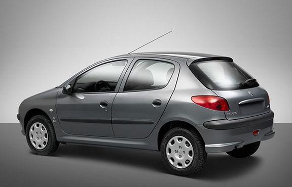 قیمت خودرو در بازار داخلی کاهش یافت