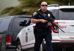 یک افسر پلیس آمریکایی  با شلیک به سرش جان خود را گرفت