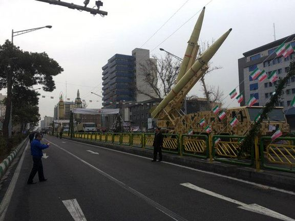 اقتدار موشکی ایران در مسیر راهپیمایی ۲۲ بهمن به نمایش گذاشته شد + عکس