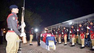 تنش میان افغانستان و پاکستان بالا گرفت/ ربایش طاهرخان اقدام تروریستی است
